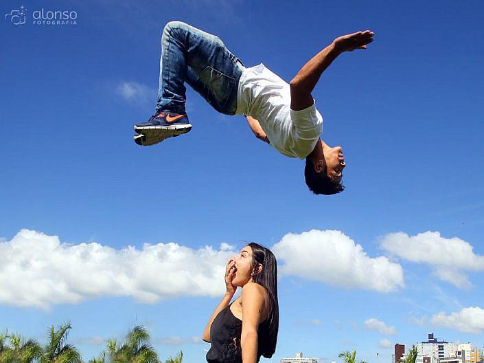 Ensaio casal acrobático