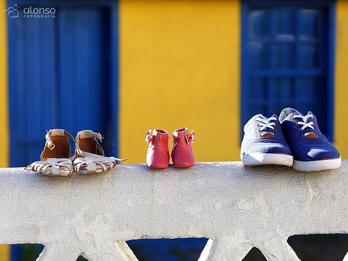 Sapatos da mãe, pai e bebê