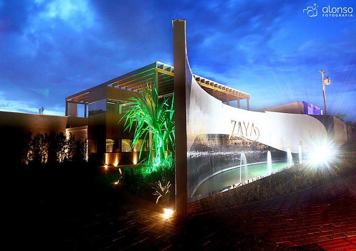 Zaya Motel Premium à noite