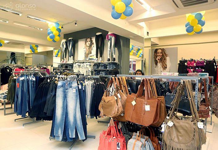 Fotos de interior de loja de moda