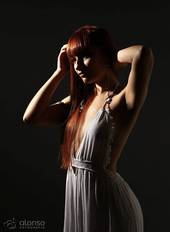 Ensaio sensual feminino em estúdio em Floripa